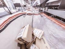 Moers Niemcy, Listopad, - 22 2017: Doręczeniowy torby plombowanie z amazonka pakuneczkami Obraz Royalty Free