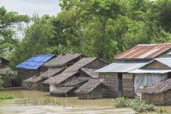 Moesson overstroming in Myanmar 2015 stock foto's