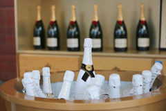 Moet en Chandon-champagne op het Nationale Tenniscentrum tijdens US Open 2014 wordt voorgesteld die Stock Afbeeldingen