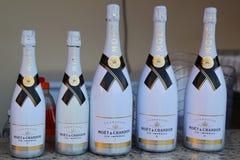 Moet och Chandon champagne på skärm på Royalton deninklusive semesterorten och kasinot Arkivfoto