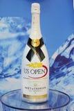 Moet och Chandon champagne som framläggas på den nationella tennisen, centrerar under US Open 2014 Arkivfoto