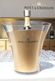 Moet och Chandon champagne som framläggas på den nationella tennisen, centrerar under US Open 2014 Fotografering för Bildbyråer