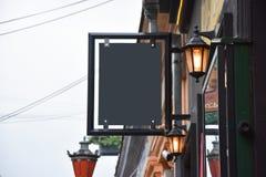 mofa del letrero para arriba Letrero del espacio en blanco de la foto mensaje o publicidad imagen de archivo