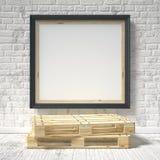 Mofa encima del cartel con la plataforma de madera 3d Fotografía de archivo libre de regalías