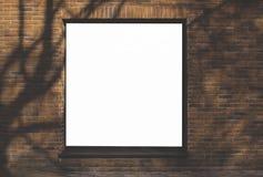 Mofa para arriba Cartelera en blanco al aire libre, publicidad al aire libre en la pared de una pared del edificio fotos de archivo