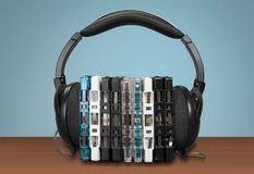 Hełmofony i cd skrzynka Zdjęcie Stock