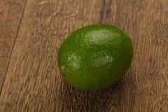 mogen grön limefrukt fotografering för bildbyråer