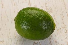 mogen gr?n limefrukt fotografering för bildbyråer