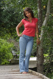 mogen kvinna för svart boardwalk 3 Arkivfoto