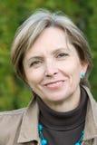 mogen leendekvinna Fotografering för Bildbyråer