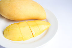 mogen mango arkivbild