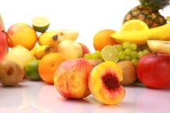 mogen ny frukt Fotografering för Bildbyråer