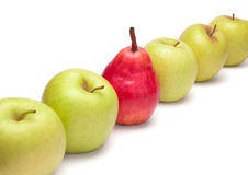 moget för diagonal grön pear för äpplen rött Royaltyfri Fotografi