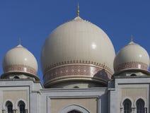 Moghul architettonico tre cupole Immagini Stock