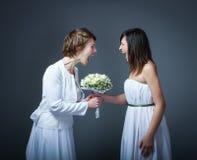Moglie di giorno delle nozze che grida fotografia stock