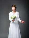 Moglie disperata sul giorno delle nozze immagini stock libere da diritti