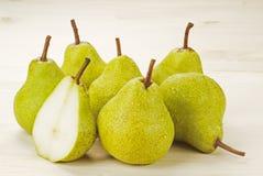 mogna gröna pears arkivfoto