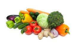 Mogna nya grönsaker som isoleras på vit bakgrund Royaltyfria Bilder