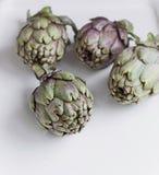 Mogna organiska kronärtskockor, Royaltyfria Foton