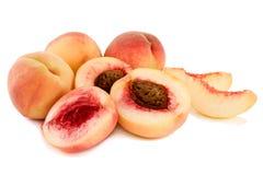 mogna saftiga persikor Arkivfoto