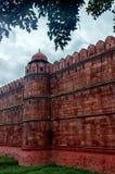 Mogularkitekturdetalj av det RÖDA FORTET, New Delhi, Indien Arkivbilder