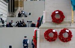Mohnblume-Anklang auf Tag des Waffenstillstands des I. Weltkrieges, Whitehall, London Stockbild
