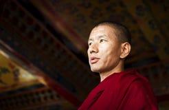 Moine dans le monastère de Kopan photographie stock libre de droits