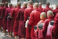 Moine dans Myanmar Image stock