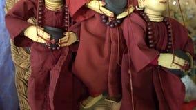 Moine Puppet dans Myanmar banque de vidéos