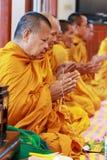 Moines thaïs bénis Photographie stock libre de droits
