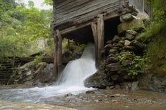 Moinho de água imagem de stock