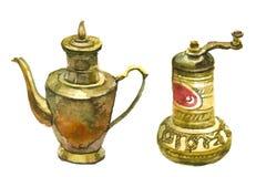 Moinho de café e bule de bronze velhos da antiguidade Fotografia de Stock Royalty Free
