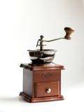 Moinho de mão do café do vintage no fundo branco Imagens de Stock