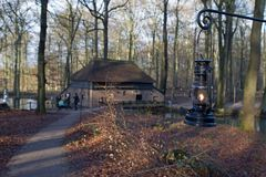 Moinho de papel no museu holandês do ar livre em Arnhem Fotos de Stock Royalty Free
