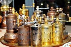 Moinho de pimenta tradicional de cobre Fotografia de Stock