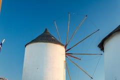 Moinho de vento branco Imagens de Stock Royalty Free