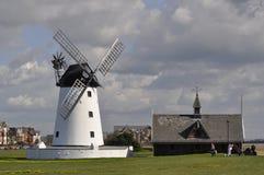 Moinho de vento de Lytham imagens de stock