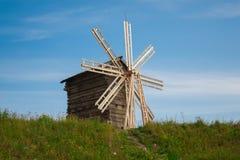 Moinho de vento de madeira Fotografia de Stock