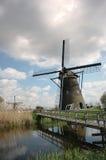 Moinho de vento e brige fotos de stock royalty free