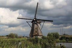 Moinho de vento em Kinderijk, Holanda Imagens de Stock