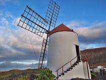 Moinho de vento em Lanzarote Foto de Stock Royalty Free