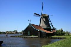 Moinho de vento em Zaanse Schans Fotos de Stock Royalty Free