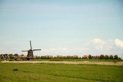 Moinho de vento holandês Fotos de Stock