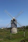 Moinho de vento na ilha de Ouessant, França Fotografia de Stock