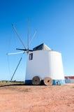 Moinho de vento no Algarve (Portugal) Fotos de Stock