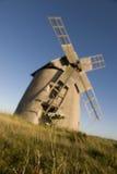 Moinho de vento no campo Fotografia de Stock