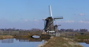 Moinho de vento perto de Aarlanderveen nos Países Baixos Foto de Stock Royalty Free