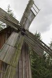 Moinho de vento Polônia 27 de junho de 2016 de madeira foto de stock