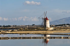 Moinho de vento siciliano Fotografia de Stock