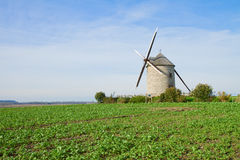 Moinho de vento tradicional - Le Moulin Moidrey, France Imagens de Stock